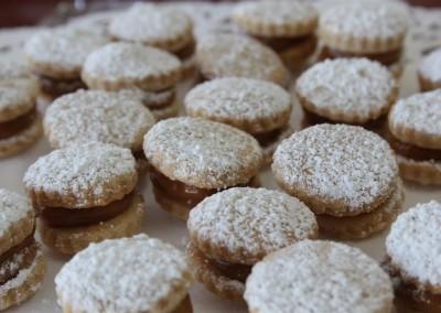 Alfajores (caramel cookies)